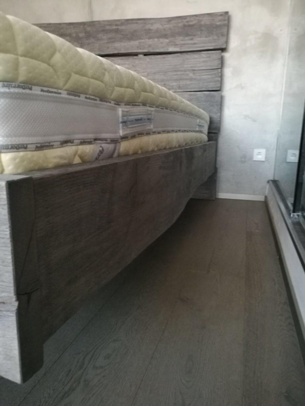 postele namíru_perfect wood